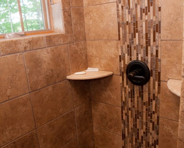 Shower | Cabins for rent in Michigan