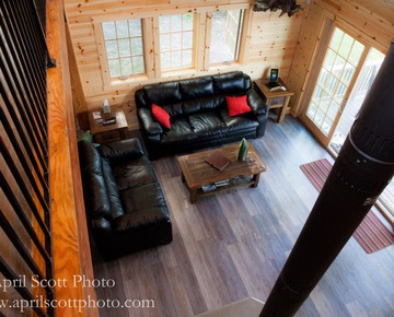Couch in Cabin | Glamping