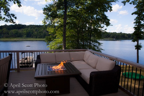 Sit By the Fire | Wedding venues in Michigan