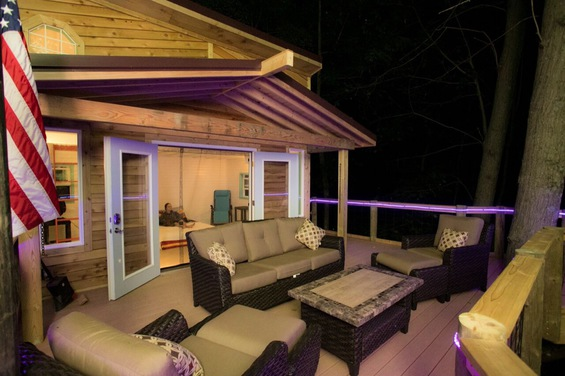 Treehouse | Glamping Michigan